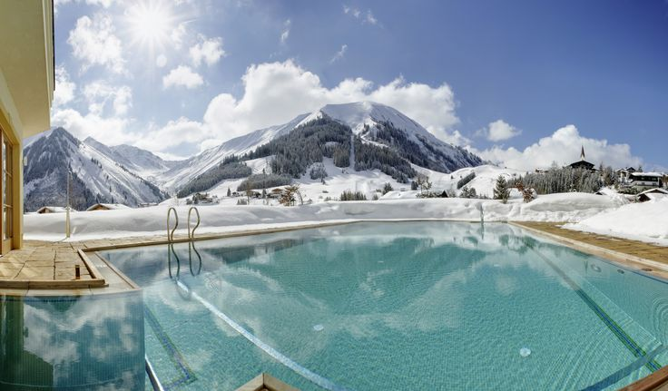 Singer Sporthotel & Spa, Berwang (Austria). Your ideal starting point to explore the ski resorts and hiking trails around the Zugspitz. #relaischateaux #winter #snow #alps