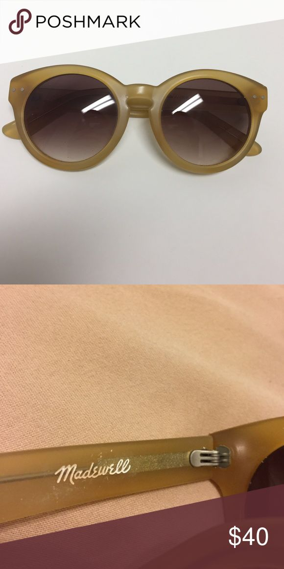 💕HOST PICK💕 Madewell Sunglasses In excellent shape Madewell Accessories Sunglasses