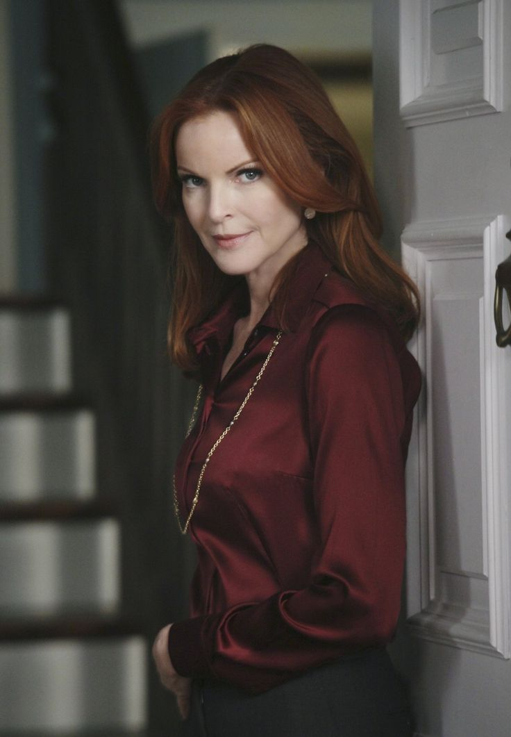bree van de kamp wisteria desperate housewives and search. Black Bedroom Furniture Sets. Home Design Ideas