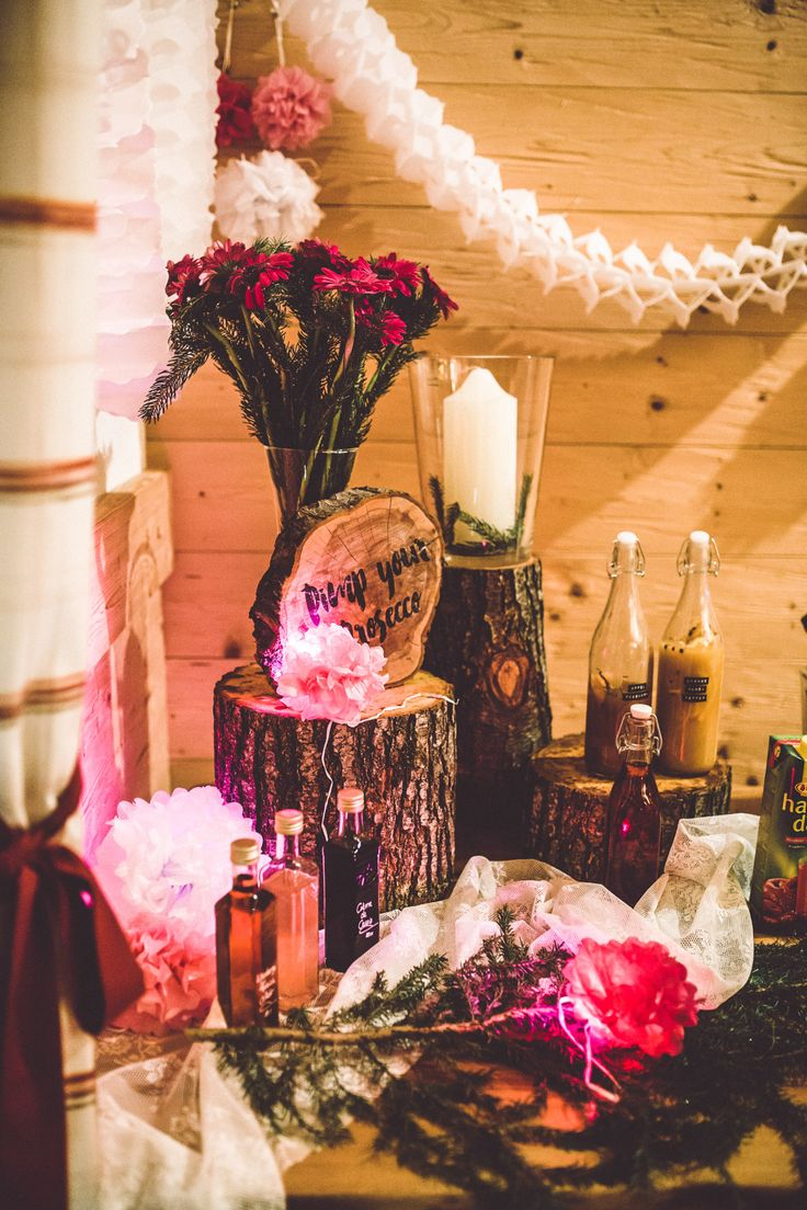 Wald Hochzeit im Allgäu! Shooting time...So Boho, rustikal und natürlich. Pimp your Prosecco Bar!  Flora Studios Fine Art Photography <3