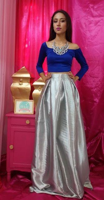 luce chic y tendy solo en Oh la la! #arrivals #falda #chic #trendy #croptop #skirts #glam #style #perfectas #largas #long #prom #graduacion  modelos disponibles checa nuestra pagina www.facebook.com/YoSoyOhLaLa  te esperamos