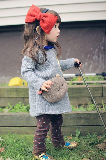 annika ポシェットは別になっているので、他のお洋服にも使える優れものです!!