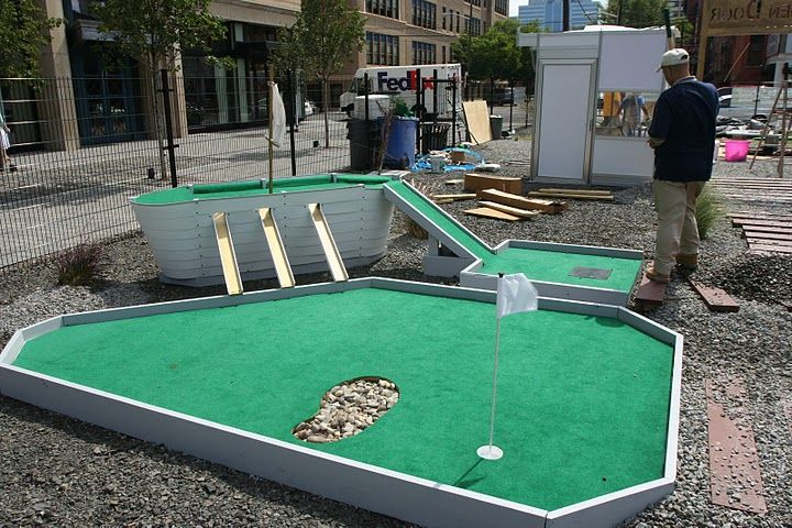 17 best images about mini golf on pinterest golfers for Indoor golf design