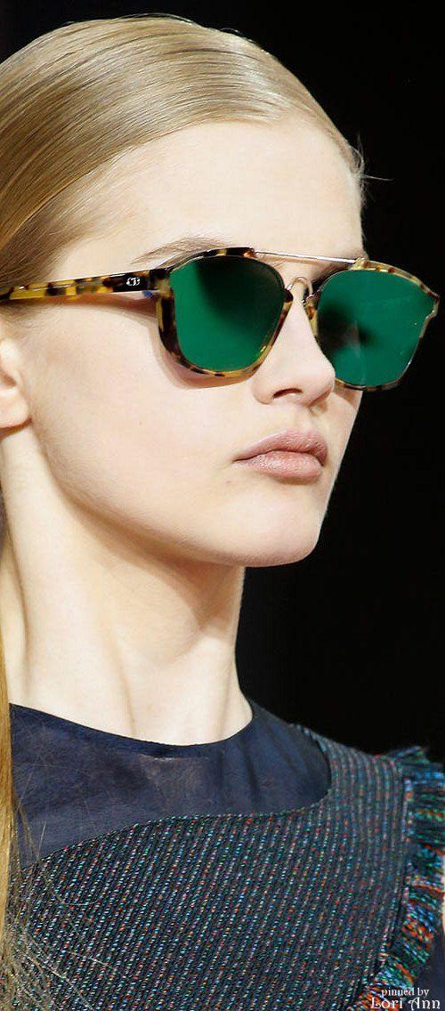 Chegando nas Óticas Wanny! Dior Abstract é a pedida para o verão! Venha garantir…