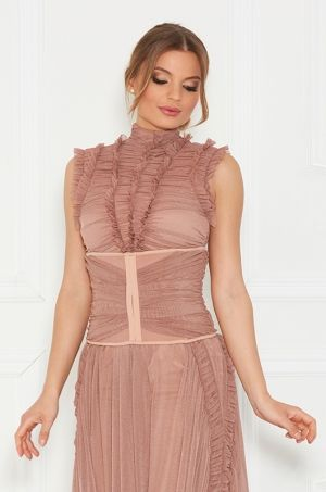 Korzet z kolekcie Soft and Shape, je ideálnym doplnkom ku košeli, spoločenským šatám napr. Ronel dress.