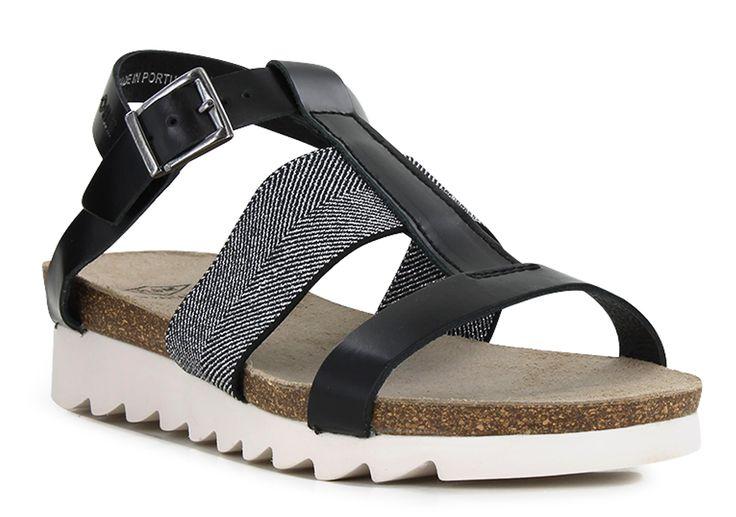 P-L-D-M by Palladium RIETI Black en vente chez Carré Pointu ! Grand choix de tailles et livraison gratuite. Une sélection de sandales par carrepointu.com. Pour l'été, c'est la chaussure idéale ! Avec un jean, une jupe ou une combi, la sandale est l'élément indispensable du total look estival ! A la plage ou en ville, elles se portent aussi bien en soirée qu'en ballade !  http://www.carrepointu.com/sandales-nu-pieds-femme