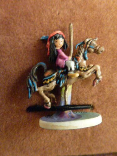 Goebel-MINIATURE-Bronze-DEGRAZIA-S-MERRY-LITTLE-INDIAN-Olszewski-553-P