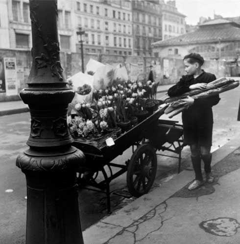 ♥ Robert Doisneau ♥ Paris 1952 au charbon