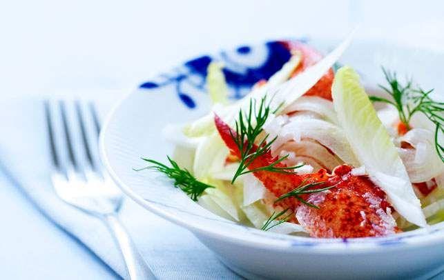 Opskrift på hummersalat med sprødt grønt