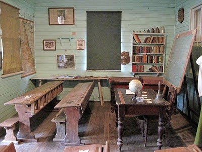 Old One Room Schoolhouse | repin like comment union school house 1858 1922 one room school house ...