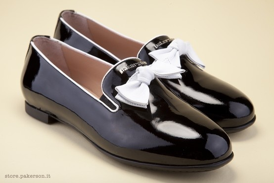 Discover Pakerson's elegance. - Venite a scoprire l'eleganza Pakerson. http://store.pakerson.it/woman-moccasins-22292-nero.html