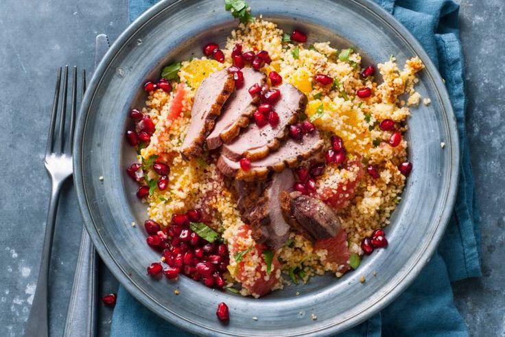 20 December - Eendenborst en granaatappel in de bonus = Wild van wild? Dan móet je deze frisse couscous met eendenborst proeven! - Recept - Allerhande