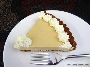 The best recipe for eggnog pie. Easy, wheat free and unbelievably yummy!