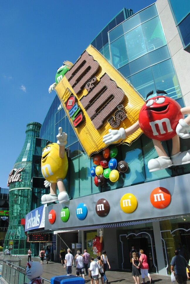 M&M'S Chocolate Candy Official website. Chocolate fun with M&M'S, America's favorite spokescandies, free online games, M&M'S Racing, chocolate candy recipes and more.