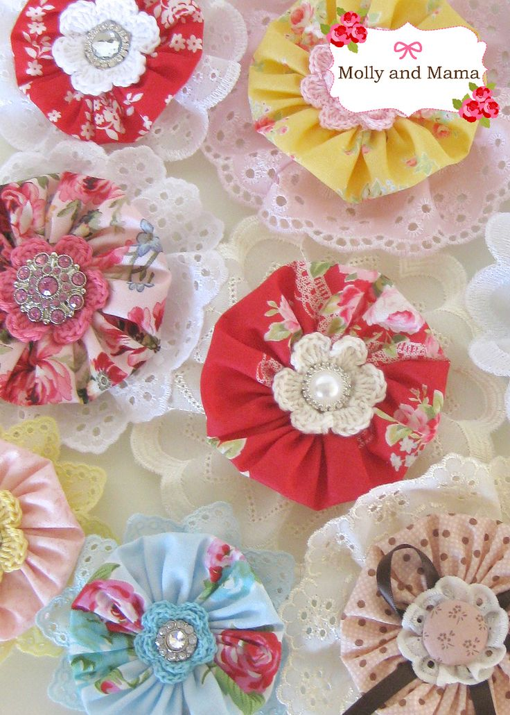 Make gorgeous Yo Yo Hair Clips with this easy Molly and Mama tutorial