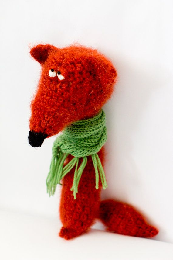 I LOVE this foxy character!  He obviously has a sense of style, just look how he wears his scarf!