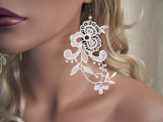 Wisteria lace earrings ~ ivory
