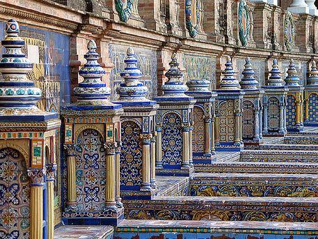 Azulejos de la Plaza de España, Sevilla, Andalucía