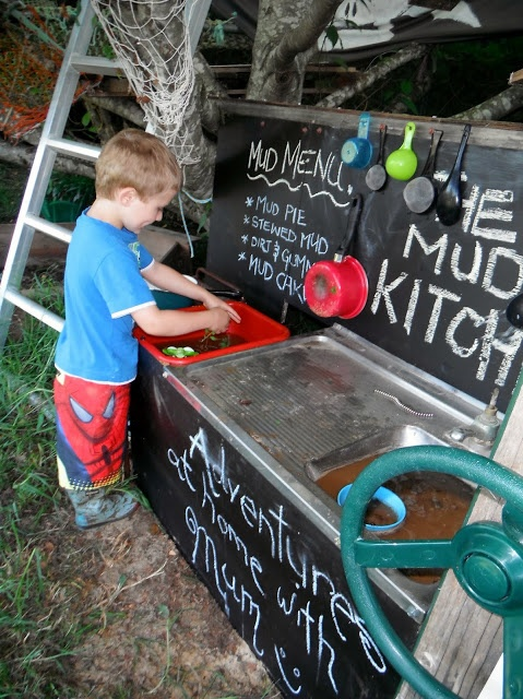 Mud kitchen - blackboard paint for writing