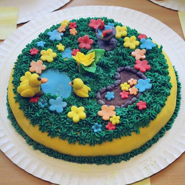 The winner from the CAKE BOSS workshop at #balliaden2016, super creative and full of details, good work boys! 😀👏🎊 #balliaden #lds #cakedesign #cakedecorator #cakegram #cakeboss #cakeart #helenorgebaker
