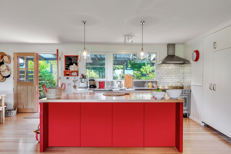 Deans Marsh - Abercromby's Real Estate