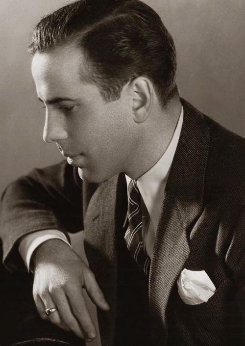 Humphrey BOGART (1899-1957) ***** #1 AFI Top 25 Male Actors > Active 1921–56 > Born Humphrey DeForest Bogart 25 Dec 1899 New York > Died 14 Jan 1957 (aged 57) California, esophageal cancer > Spouses: Helen Menken (1926–27 div); Mary Philips (1928–37 div); Mayo Methot (1938–45 div); Lauren Bacall (1945–57, his death) > Children: 2