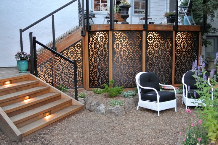 That Gap Under the Deck: Hide It or Use It! 6 ways to transform a landscape eyesore into a landscape feature Eclectic Landscape Global Garden, San Carlos