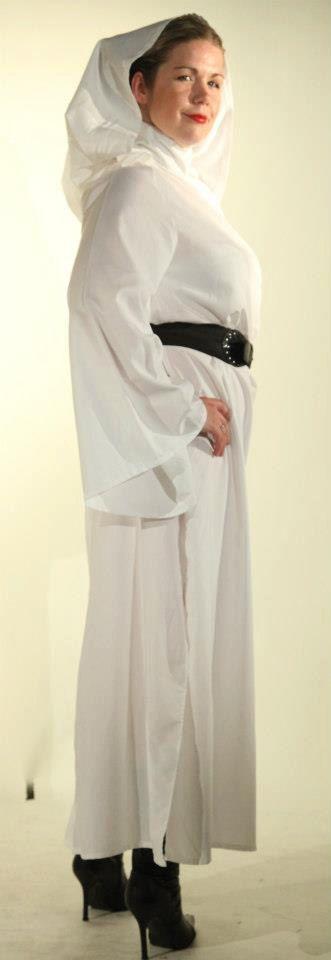 Costume de Princesse Leia à la main dans n'importe par Kenickys