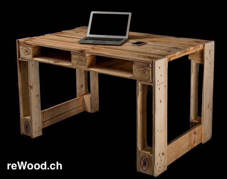 Schreibtisch von reWood // Palettenmöbel aus der Schweiz, Bern, Biel // marcorothphotography.ch
