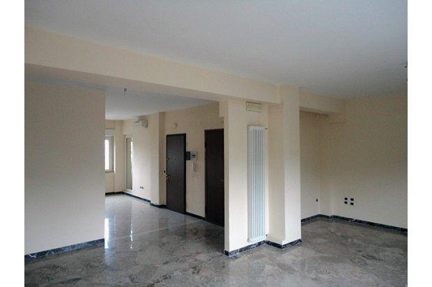 Appartamento di 180 mq in vendiata a #Riccione in viale Ceccarini a piano alto, elegante, luminoso