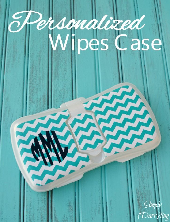 Personalized Wipes Case - this monogrammed wipes case is an awesome baby shower gift. Made with Chevron printed adhesive vinyl and my Silhouette Cameo.