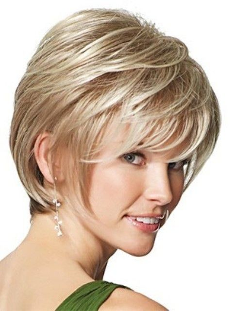 Layered Short Hairstyles for Oval Faces