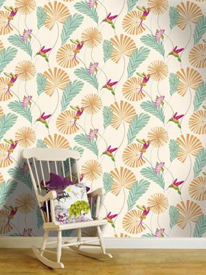 222 best images about hummingbird cottage on pinterest for Statement wallpaper living room
