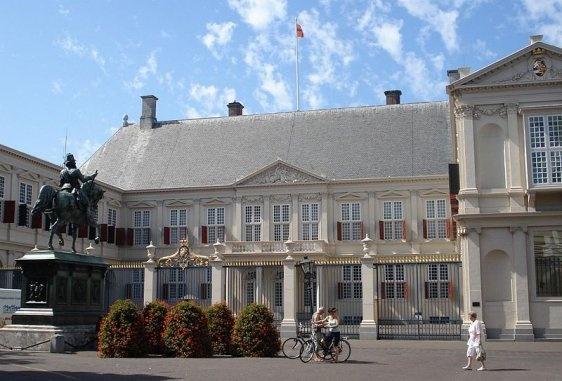 noordeinde paleis, palazzo della regina in centro, Den Haag