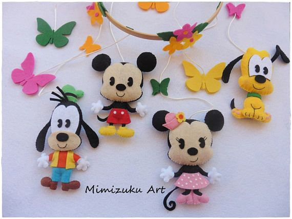 Móvil de Mickey Mouse, Minnie Mouse, Goofy y Pluto. Móvil inspirado en Mickey, Minnie, Goofy y Pluto