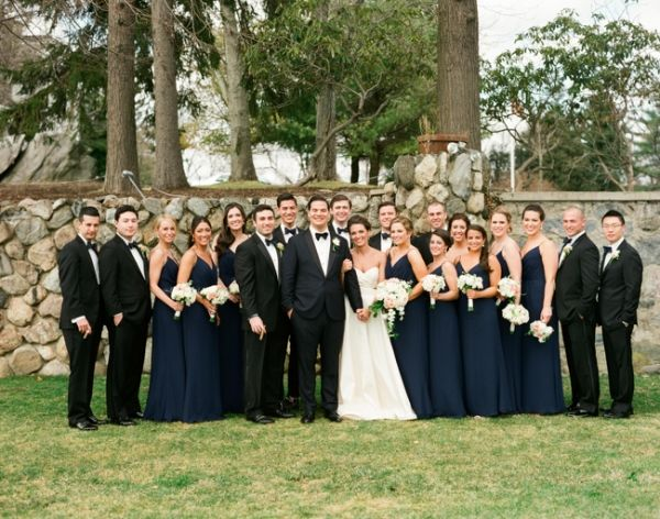 Navy and Black Bridal Party | photography by http://www.lindsaymaddenphotography.com