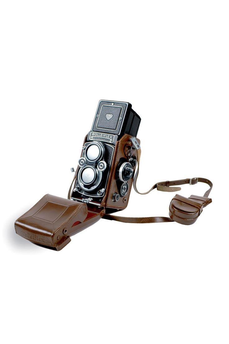 Rolleiflex camera - Carl Zeiss lens