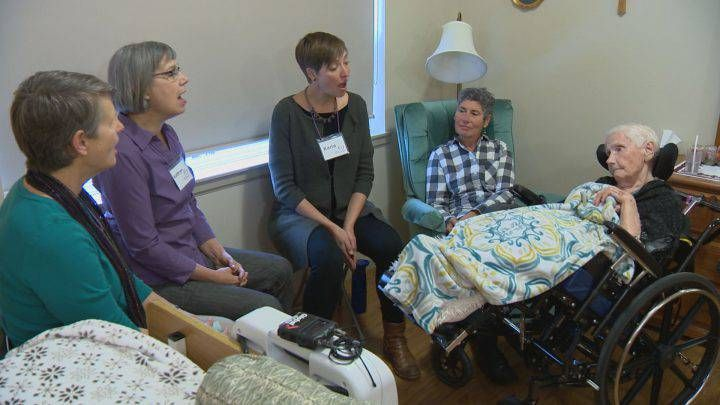 'Kindness made audible': Saskatoon group sings to comfort those at the end of life