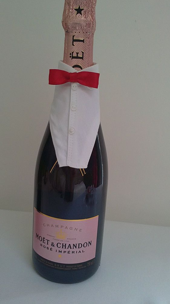 Champagne & Wine Bottle Cover (code 7) £8.50