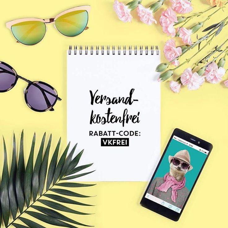 """Weil wir so mega glücklich sind, schenken wir euch dieses Wochenende die Versandkosten! Einfach den Rabatt-Code: VKFREI im Warenkorb unter """"Gutschein einlösen"""" eingeben und sparen   Habt ein wundervolles Wochenende! ❤️ #versandkostenfrei #shopping #hankandme #sonnenbrillen #sunglasses #tierischgeil #bereitfürsonne #dersommerkannkommen"""