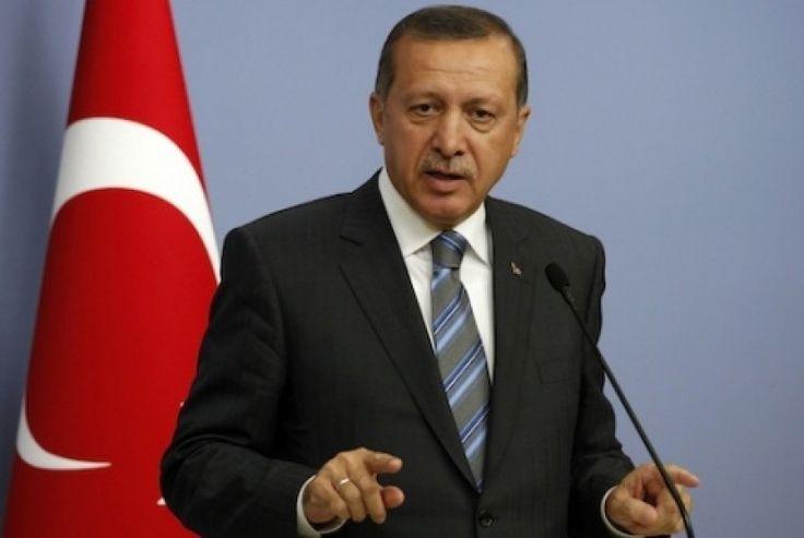 Presiden Erdogan Desak Seluruh Muslim Bersatu Lindungi Al-Quds  Presiden Turki Recep Tayyip Erdogan  ISTANBUL (SALAM-ONLINE): Presiden Turki Recep Tayyip Erdogan mendesak seluruh Muslim di dunia bersatu melindungi Al-Quds (Yerusalem) Palestina. Ia mendesak umat Islam terus membela Palestina dari penjajahan yang dilakukan Israel.  Ini adalah tugas semua umat Islam untuk merangkul Palestina dan melindungi Al-Quds. Masjid Al-Aqsha harus dijaga dan tidak boleh dibiarkan dari (kejahatan)…
