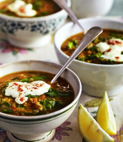 spinach and lentil soup with garlic yoghurt