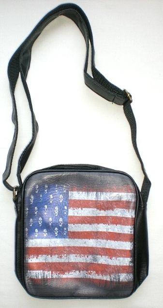 Skulls american flag shoulder bag