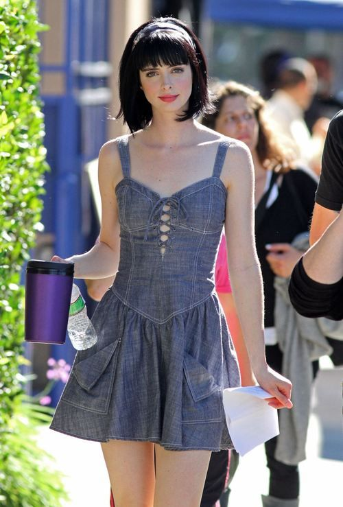 Krysten Ritter. Never seen such a beautiful woman before!