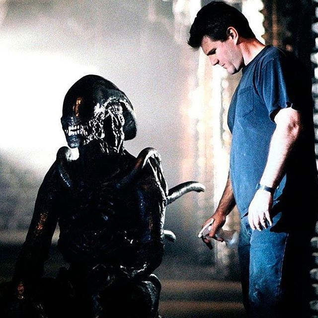 And this is how the movie #monsters are brought to life! Our instructors, master #monstermakers and founders of #studioadi, @alec_gillis checks his partner @tom_woodruffjr inside the #alien suit on the set of #avp. #alienvspredator #adi #amalgamateddynamics #creatureeffects #monstermaking #behindthescenes #practicaleffects #fx #monster #creature #xeno #xenomorph #scifi #horror #bts #hollywood #moviemagic #meninsuits