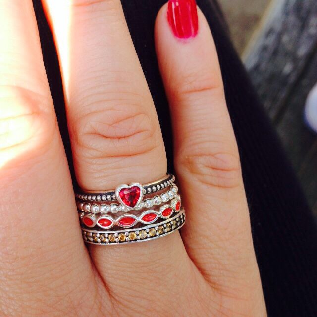pandora delicate heart ring red