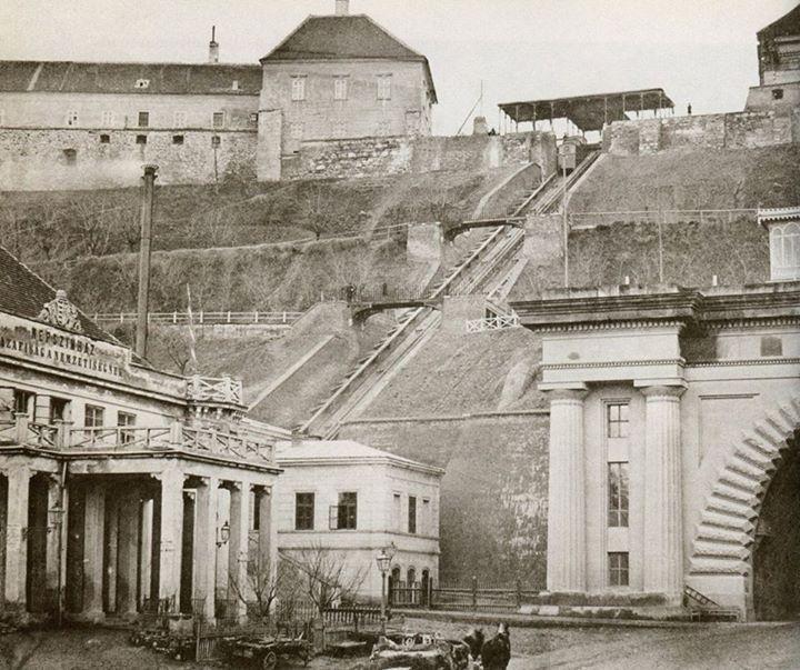 Bazar, 1870