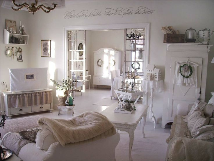 Living room dining room whitewashed chippy shabby chic french country rustic - Decoration chic et charme ...