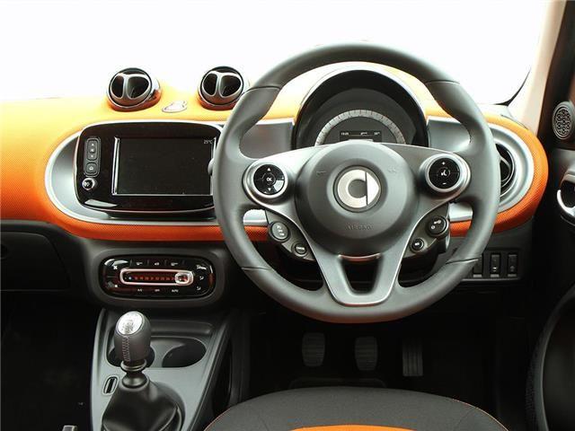 Smart Forfour Hatchback interior view