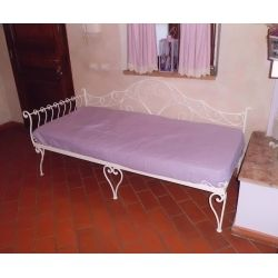 Wrought iron sofa bed. Customize Realizations. 932